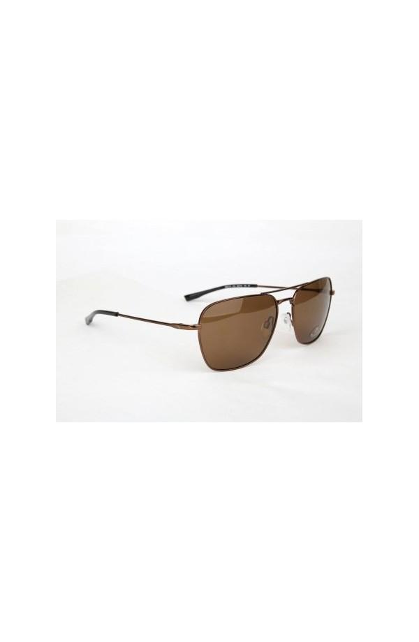 0d7ae3f9a9 Gafas de sol cuadriformes con un aire estilo aviador. Varillas metálicas  livianas. Modelo bastante versátil. Cristal color marrón pardo.
